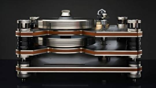 Kronos world's first counter-rotating dual platter suspended turntable