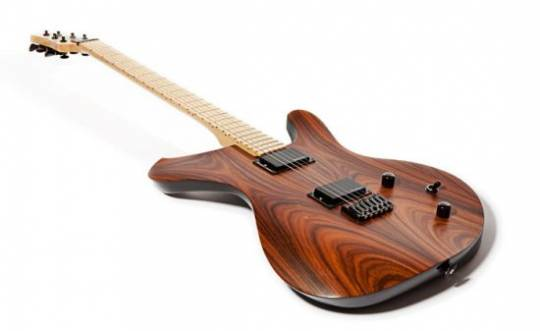 Sinuous ergonomic guitar