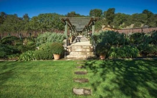 The Moraga Vineyards estate in Bel Air goes for sale including the Winery at $29.5 million