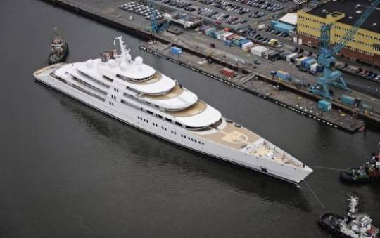 Project Azzam is now the world's largest private yacht