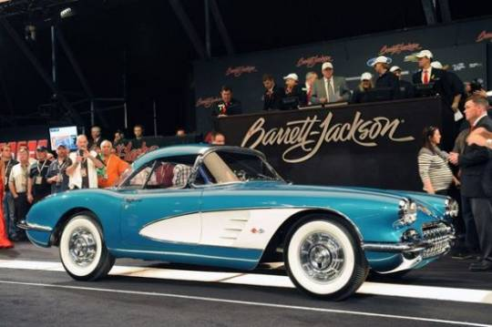 GM CEO Dan Akerson's 1958 Chevrolet Corvette Sells For $270k at Barrett-Jackson for charity