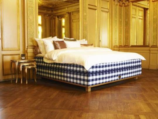 Hästens has made beds by hand using pure natural materials for more than 150 years