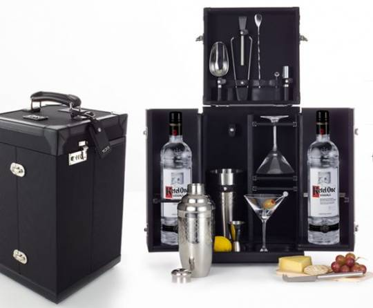 Tumi and Ketel One Mixology set