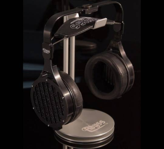 Abyss AB-1266 headphones by JPS Labs