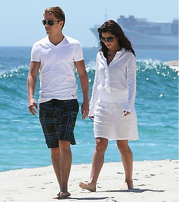 Cheryl Cole was seen vacationing with her new found boyfriend, Derek Hough, on the beautiful beaches of Camps Bay, South Africa.