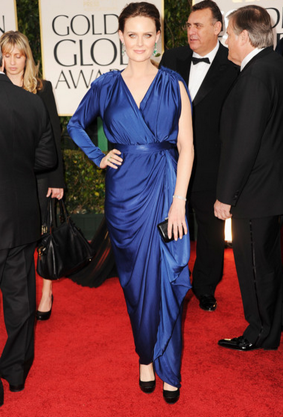 The 2012 Golden Globe Awards saw Ms.Emily Deschanel dressed in flowing blues adorning her wrist with a diamond-studded bangle.