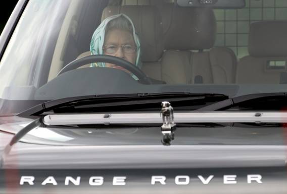 It was a regal sight at the 2010 Royal Windsor Horse Show to see the queen, Elizabeth II, riding in the Range Rover