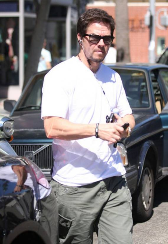 Mark Wahlberg drives Porsche Panamera
