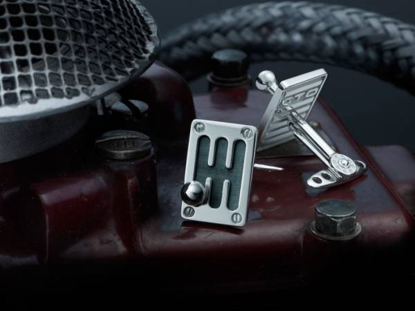 Handcrafted sterling silver cufflinks_1