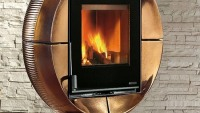 Carillon Fireball: A stunning 90-degree rotating fireplace