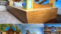 Poshtots Treasure Cove Pirate Bed with murals