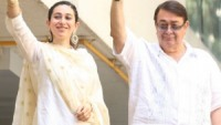 Kareena's father and sister