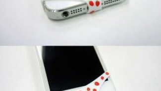 Protect your iPhone with sexy 'underwears'