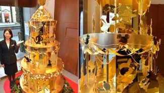 Jeweler Ginza Tanaka's $4.2m Disney Pre Gold Christmas Tree for 2012