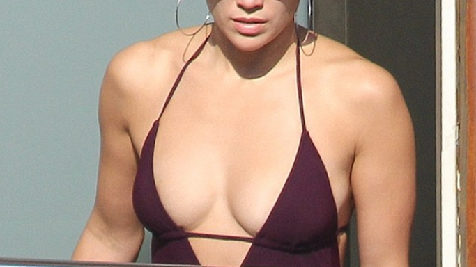 In V neck bikini