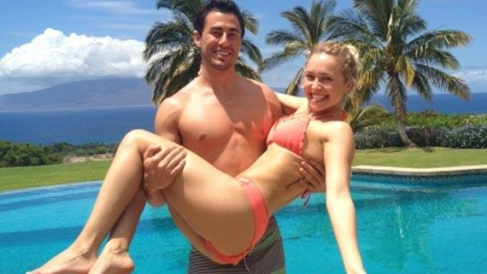 Hayden Panettiere was seen vacationing in Hawaii with her boyfriend Scotty McKnight.