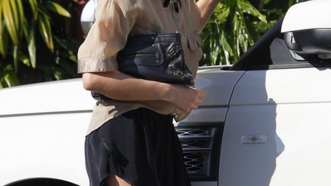 The 2011 Range Rover arrives with a supercharged engine and Kristin Cavallari seems to relish the extra kick from that.