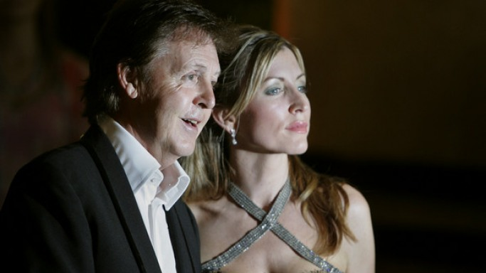Paul McCartney and Heather Mills arrive at the 'Adopt-A-Minefield' Benefit Gala in 2005