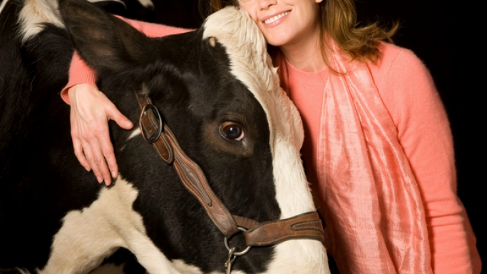 Diane Lane supports Heifer International