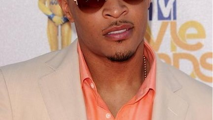 The rapper was photographed flaunting his Sparrow shades to the MTV Movie Awards.