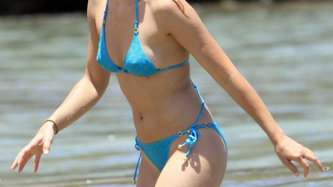 Kristen Bell in Hawaii