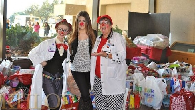 Khloe supports Dallas Toy Drive
