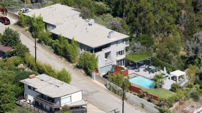 Josh Duhamel mansion in  Brentwood