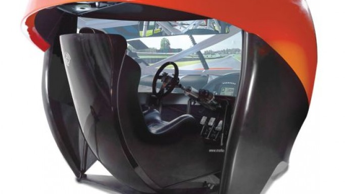 Ariel Atom's full immersion racing simulator offers seamless 7 million-pixel screen experience
