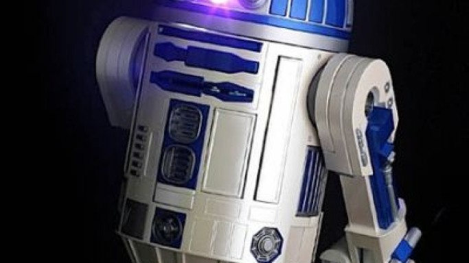 Star Wars R2-D2 DVD projector coming this fall