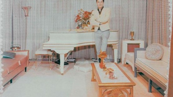 Elvis Presley's white grand piano could fetch more than $1 million